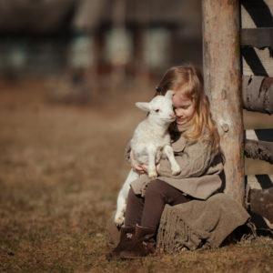 vegan ηθική ζωα αυστηρή χορτοφαγία και ζώα τι τρώνε οι vegan αγάπη για τα ζώα συμπόνια vegan φιλοζωία ζωοφιλία