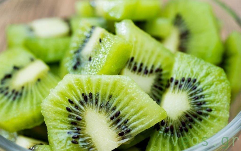 ακτινιδιο aktinidio kiwi βιταμινη C vegan διατροφη υγεια φρουτα ελληνικα ακτινιδια καλιο ιωσεις γριπη ανοσοποιητικο