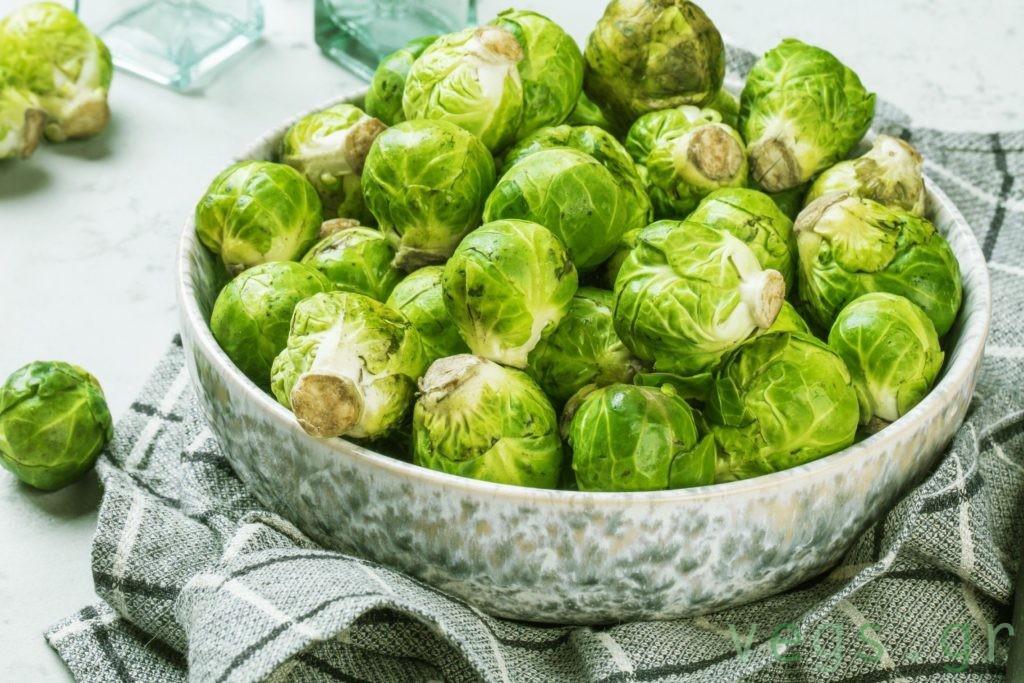 λαχανακια Βρυξελλων λαχανα βιταμινη C εναντια στον κορονοιο ιωσεις γριπη για να μην αρρωστησετε vegan διατροφη και υγεια υγιεινες τροφες πρασινα λαχανικα